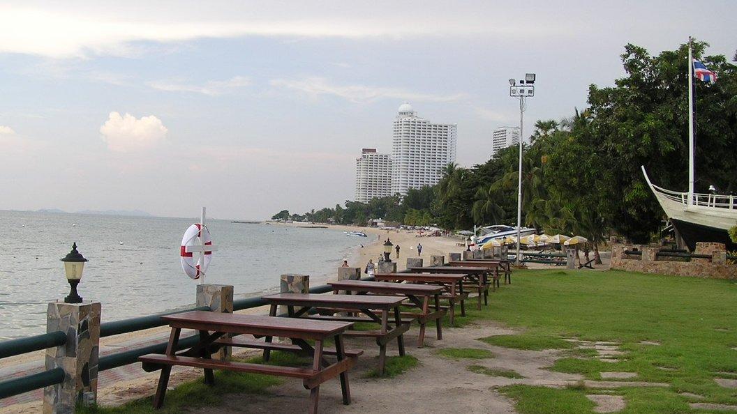 Китайская туристка погибла вовремя фотосессии вТаиланде