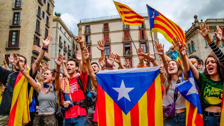 Каталония напомнила Испании, что ещё может отделиться