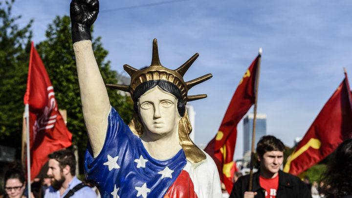 В США призвали защитить американскую революцию