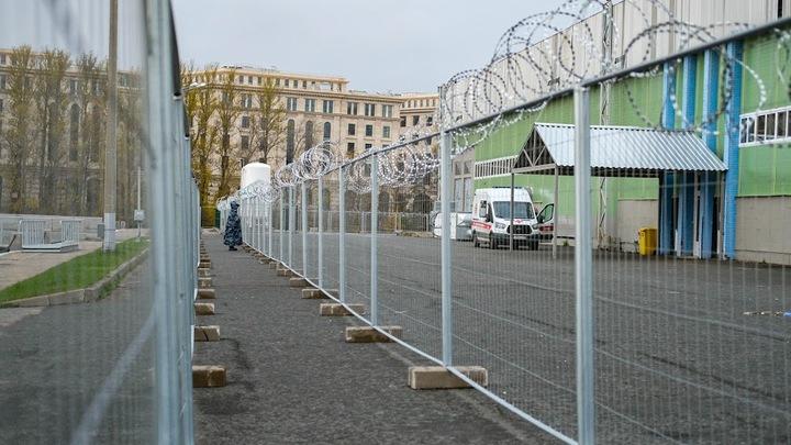 Коронавирус в Санкт-Петербурге на 25 ноября: два антирекорда и отмена новогоднего салюта