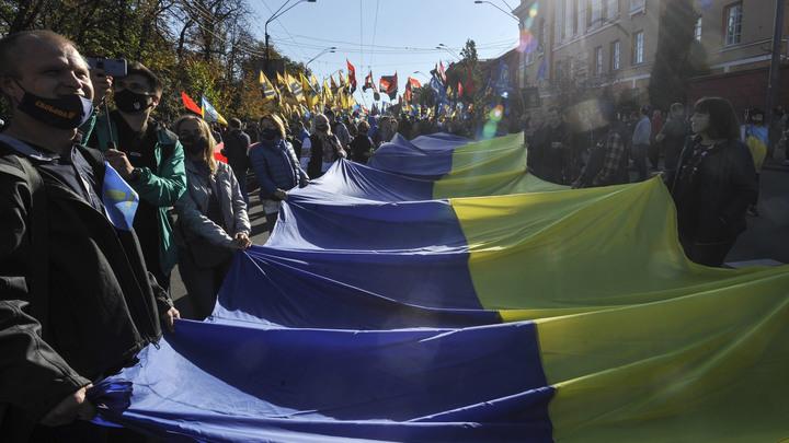 Преемник Путина жёстко решит украинский вопрос: В Киеве требуют срочно дружить с русскими