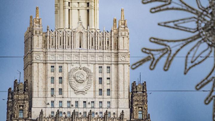 Пять на три: Русские дипломаты переиграли Польшу с высылкой