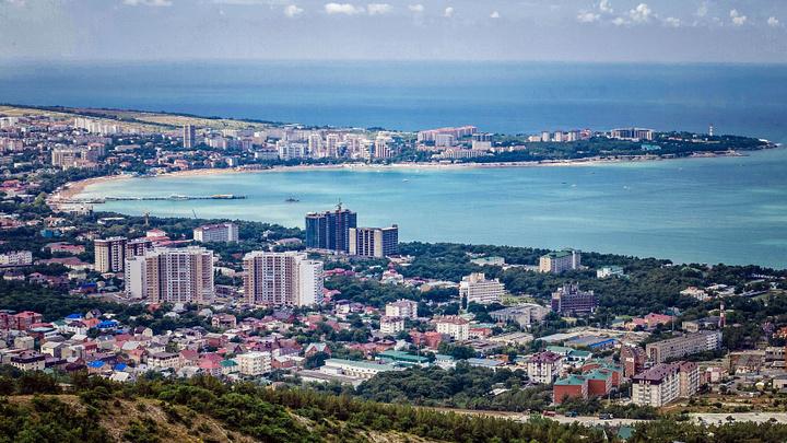 Под Азовским морем добыли питьевую воду: эколог рассказал, опасно ли это