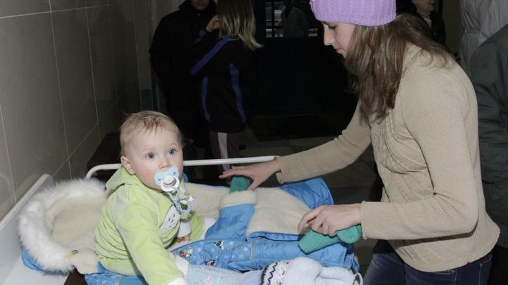 В Минздраве НСО рассказали, будет ли в пандемию продолжаться детская диспансеризация