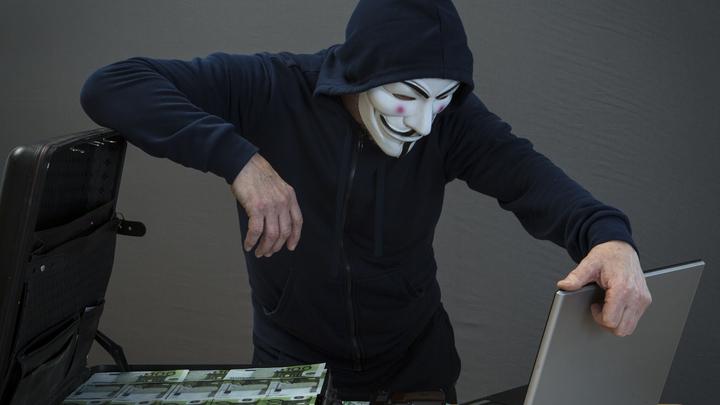 Кража денег и слив интимных фото: Эксперт рассказал самарцам об опасности интернет-покупок
