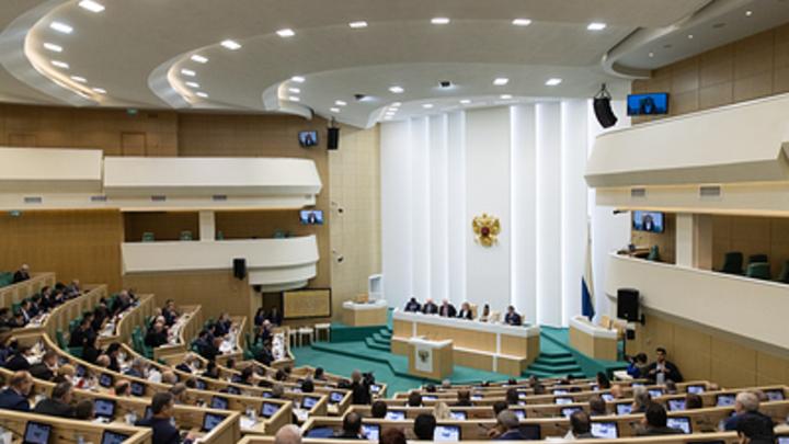 Российские сенаторы на себе испытали необходимость безопасного интернета, попав под сбой электричества