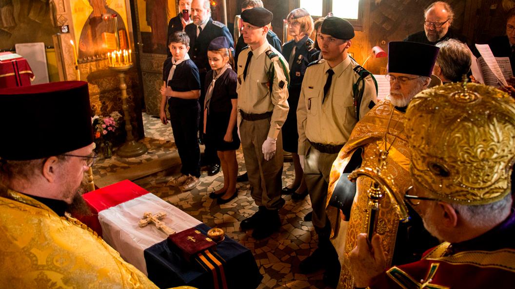 Почести русскому солдату во Франции: Это напоминает о франко-русской дружбе