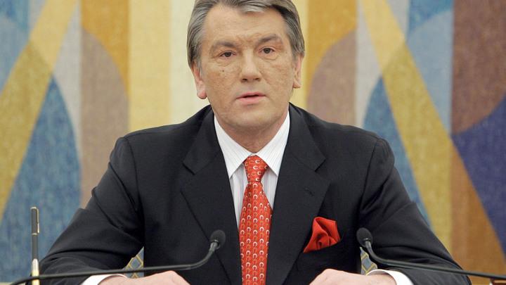 Ющенко посоветовал вернуть Крым и Донбасс методом самураев