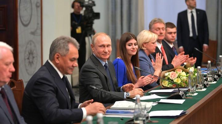 Баранец раскрылсекрет системы безопасности Путина и Шойгу: Даже несанкционированная муха знает свое место