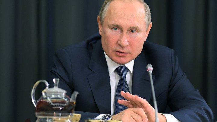 Путин хромает? Пользователи Сети посмотрели видео после встречи с Зеленским