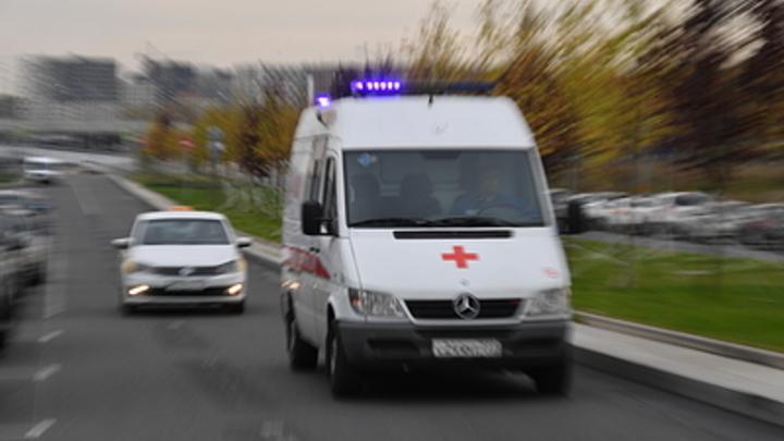 В Челябинской области школьник выпал из окна во время урока и сломал ноги
