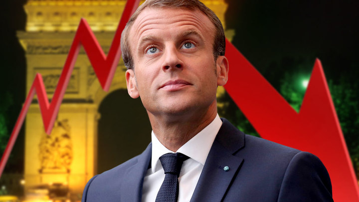 Макрон стал для французов хуже Олланда
