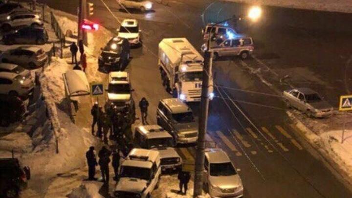 Участкового предупредил, росгвардейца убил - казанский стрелок имел спецподготовку и свой склад оружия