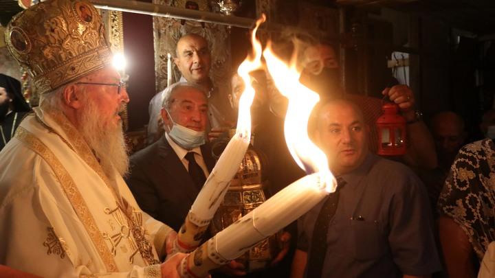 Благодатный огонь разлетается по России. Чудо в каждый дом