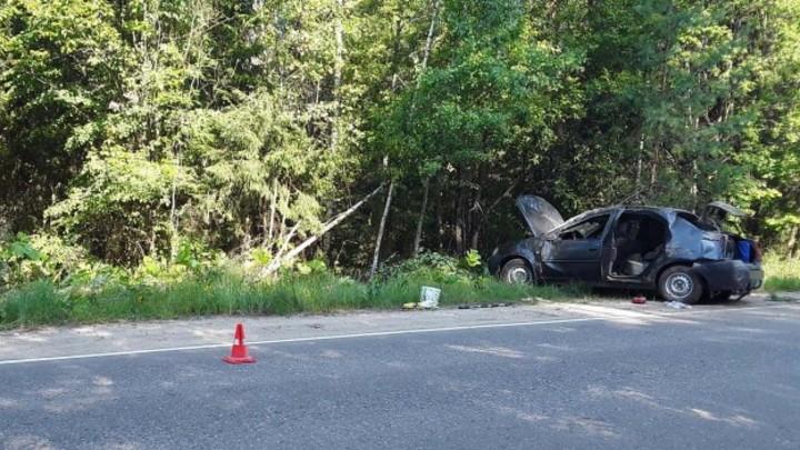 В Ивановской области пьяный водитель опрокинул машину, сбив велосипедиста