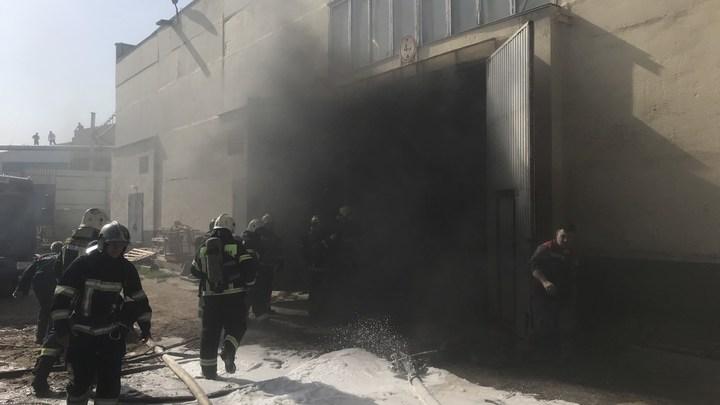 Во Владимире потушили пожар в промзоне