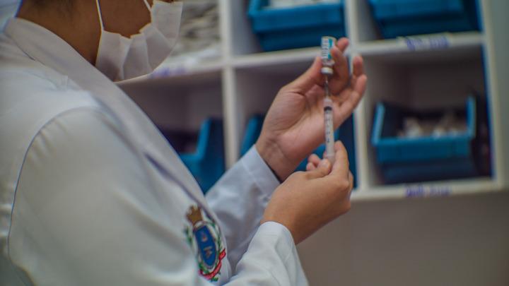 Появились новые данные о сверхспособности штамма дельта: Вакцина не спасёт?