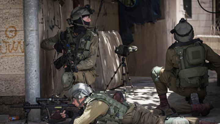 Израиль ответил Палестине огнем на запуск воздушных шаров в секторе Газа