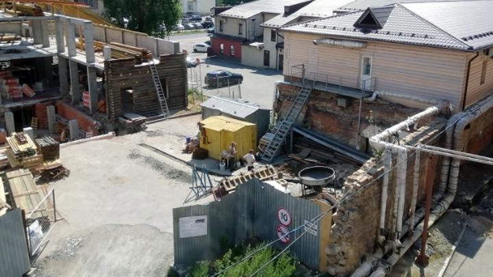 Вместо реставрации — снос: генпрокуратуру просят спасти историческое здание в Челябинске