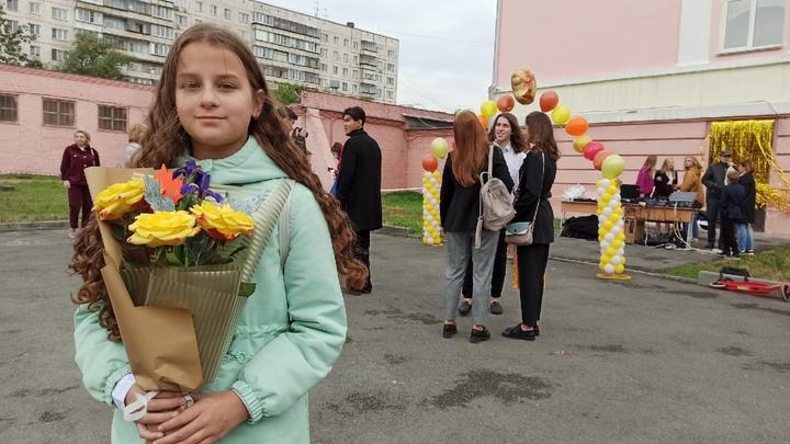 Челябинские школьники 1 сентября удивили букетами за 60 рублей