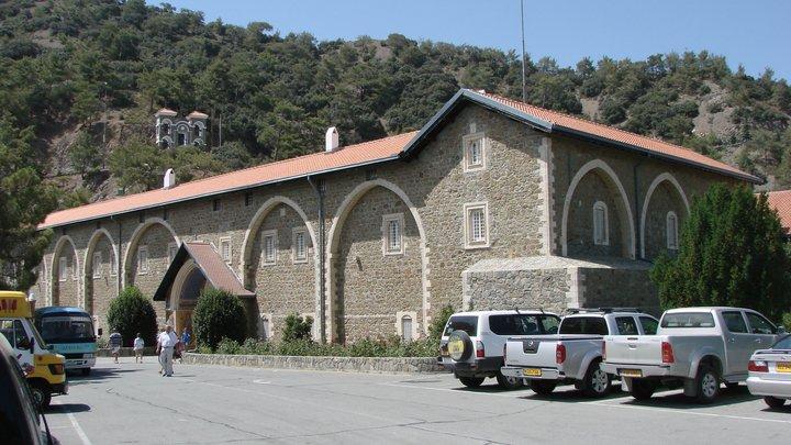 Кипрская Церковь на грани раскола. Виновата Украина
