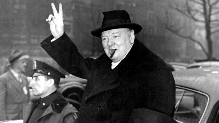 Это всё придумал Черчилль. Его планы, озвученные ещё 75 лет назад, Запад исполняет до сих пор