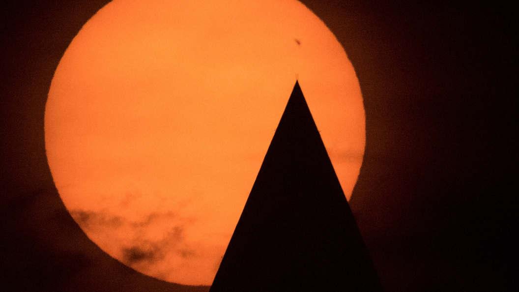 Американские ученые назвали Солнечную систему менее пригодной для жизни