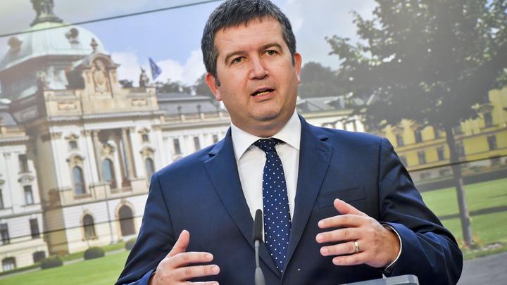 Глава МВД Чехии сказал об Иване Сафронове только два слова