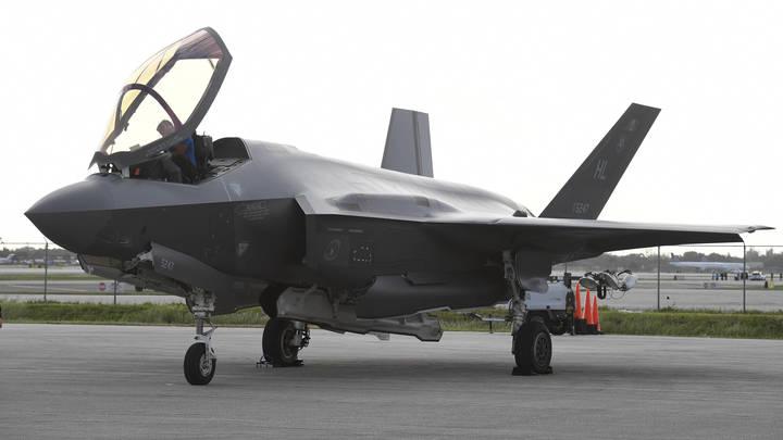 Изнашиваются: У десятков стелс-истребителей США обнаружились системные проблемы