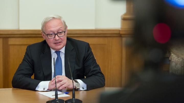 Рябков: Россия не отступит от соглашения по Ирану из-за выхода США