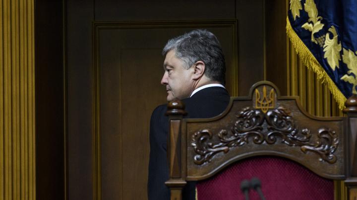 Саакашвили жевал галстук, а Порошенко кидается шапками: политолог увидел диагноз в агрессии президента Украины