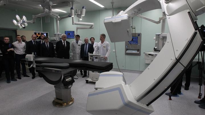Партиями выписывают пациентов: врачи Мариинской больницы опасаются, что их перепрофилируют под COVID