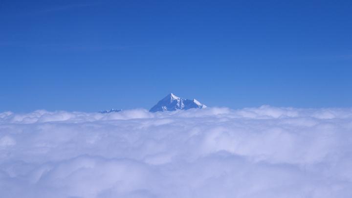 Российского чемпиона мира по парашютному спорту убил ледник в Гималаях