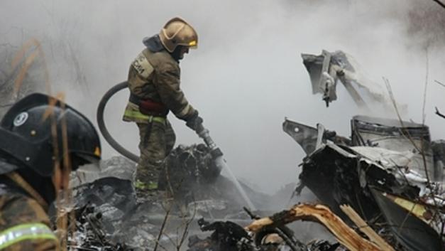 Неизвестные попытались трактором уничтожить следы крушения Ми-2 в Ставрополье