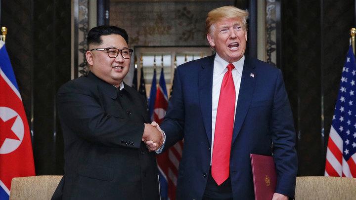 Трампу хотят объявить импичмент за рукопожатие Киму