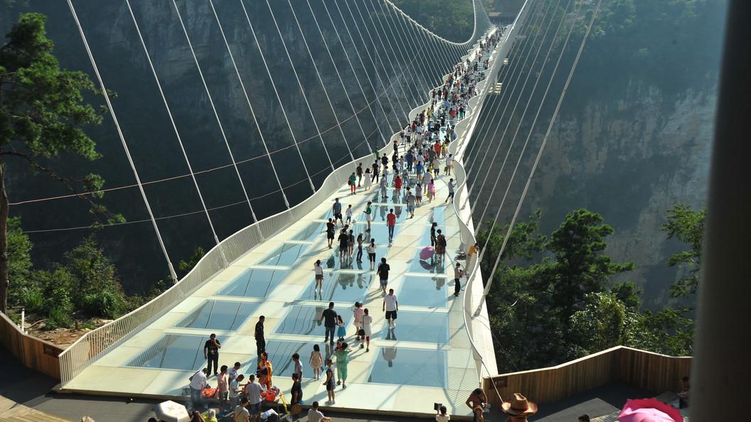 В «Поднебесной»  пройдет церемония открытия самого длинного стеклянного моста вмире