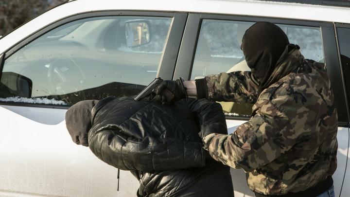Похищали и заставляли пахать: В Ростовской области задержали банду рабовладельцев