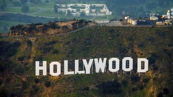 Глава киноакадемии, присуждающей Оскар, попал в ловушку Вайнштейна