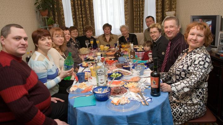 От Москвы до Чукотки: Где в России дешевле всего накрыть новогодний стол?