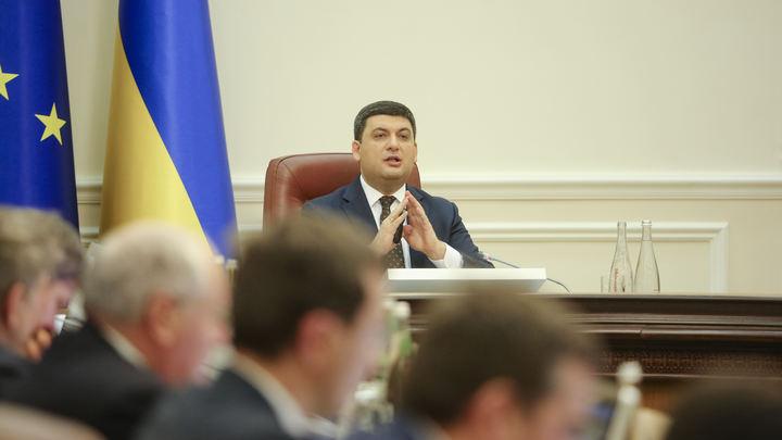 Вспомнили о приличиях: Киев принес соболезнования спустя три дня после трагедии в Кемерове