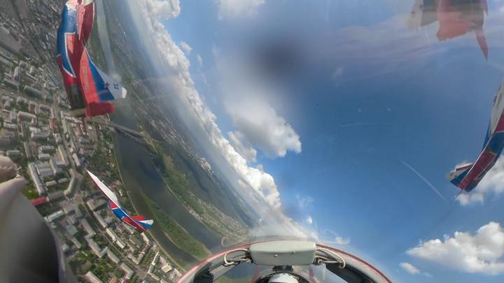 Появилось видео из кабины пилота «Стрижа» во время полета над Кемеровом
