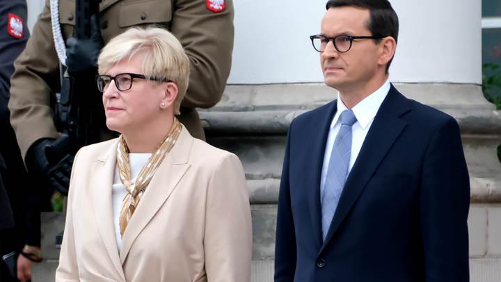 Власти Польши испугались 10 000 мигрантов на границе с Беларусью