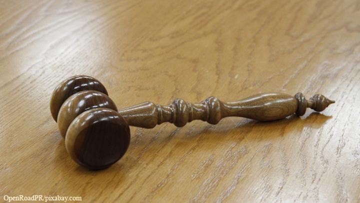 Суд не отменил арест имущества фабрики Roshen в Липецке