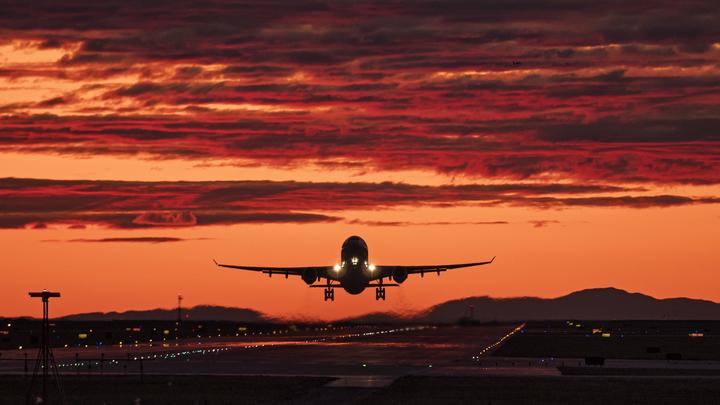 ЧП в аэропорту Индии: Первый пилот скончался, второй - в тяжёлом состоянии