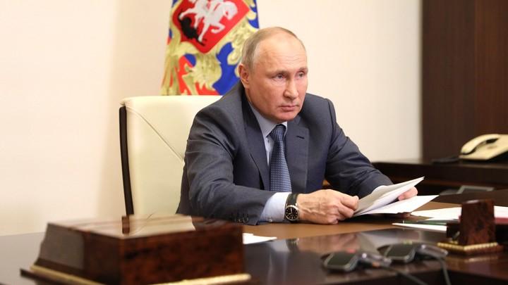 Путин рассказал о температуре после второй дозы вакцины от COVID