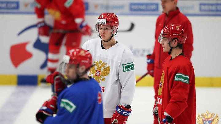 Битва за финал: Онлайн-трансляция матча Россия - Швеция - молодёжный чемпионат мира - 2020