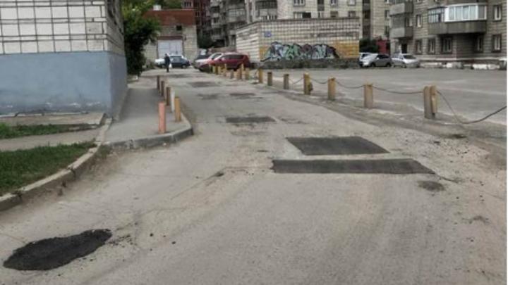 Директор театра «Глобус» раскритиковала ремонт внутриквартальной дороги в Новосибирске