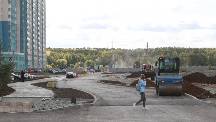 На северо-западе Челябинска построили дорогу с ушами