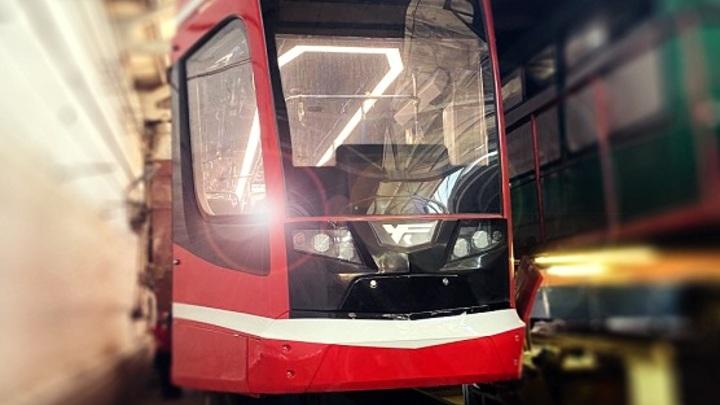 Умный транспорт по новым рельсам: в Таганроге запустили бесшумные трамваи