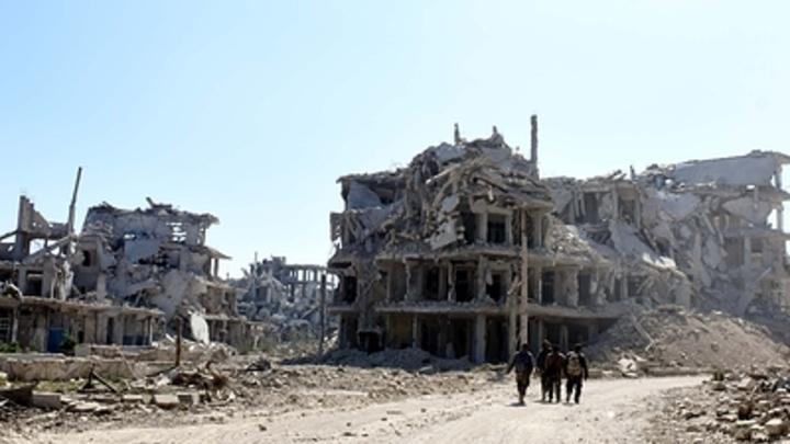Убиты и ранены дети: После удара ВКС России в Идлибе в Сети превратили склад боевиков в лагерь беженцев